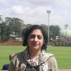 Nadia Anwar1