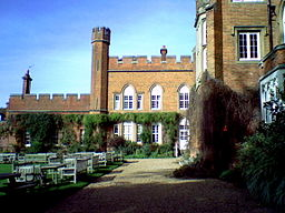 Cumberland_Lodge2