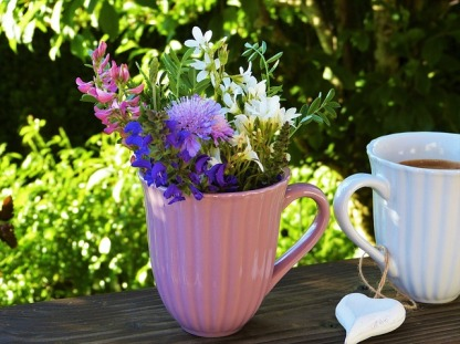 Spring flowers and coffee